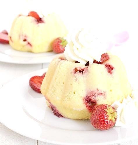 Strawberry Mini Bundt Cake